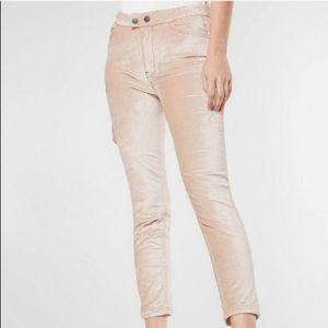 NWT Free People Sweet Jane Velvet Pants. Size 25